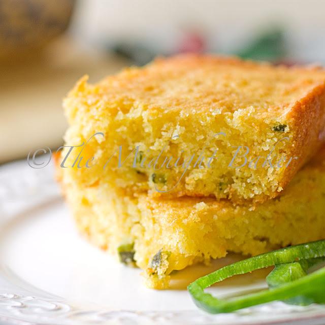 Poblano and Cheese Cornbread | bakeatmidnite.com | #cornbread