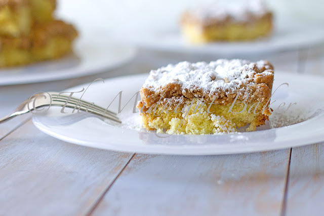 Copycat Entenmann's Crumb Cake