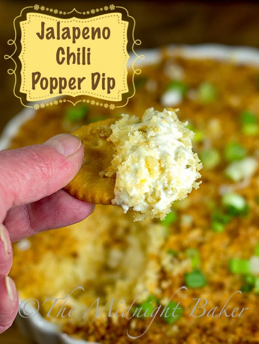 Hot Jalapeno & Chili Popper Dip #HolidayPartyFood #HotDipRecipes #appetizers
