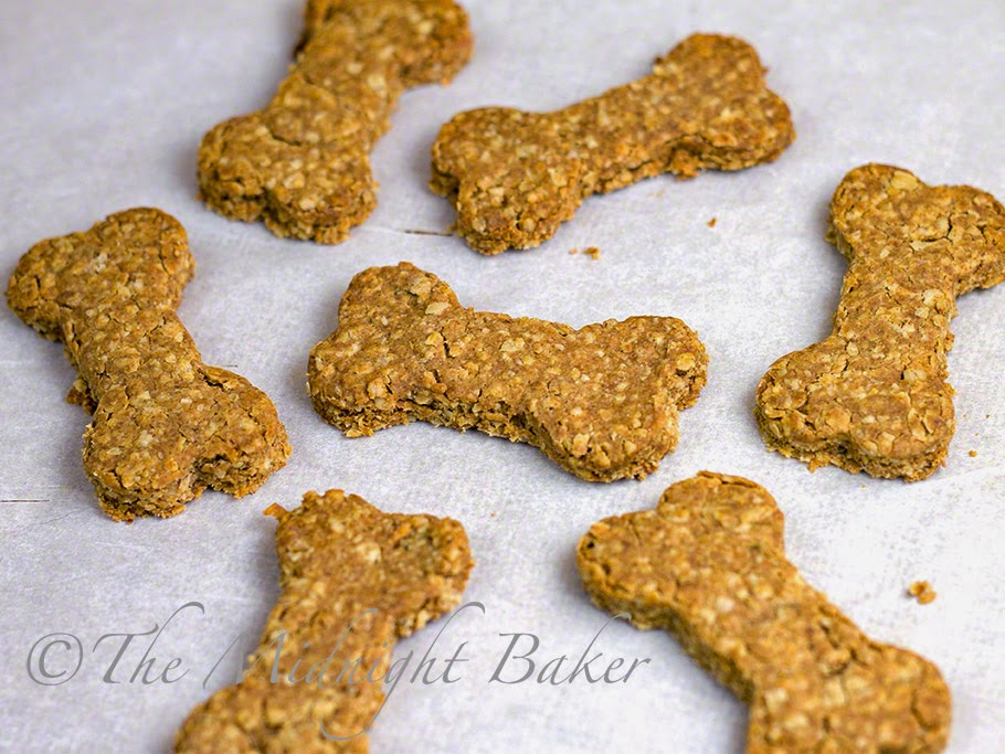 Peanut Butter Bacon Biscuits for Dogs
