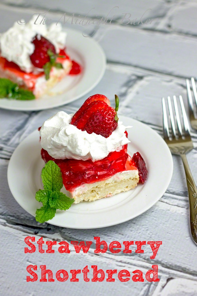 Strawberry Shortbread #Driscollsberry #StrawberryShortcake #desserts