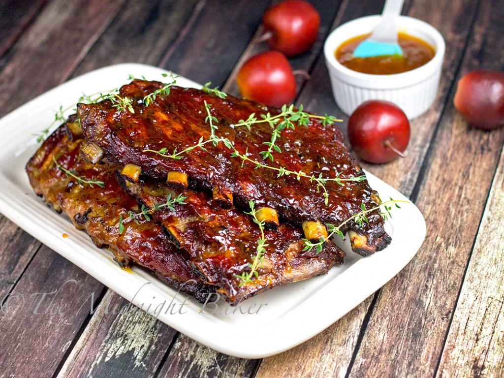 Apricot Maple Glazed Applewood Smoked Ribs | bakeatmidnite.com | #porkribs #smokedribs #BBQ