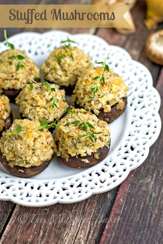 Classic Stuffed Mushrooms | bakeatmidnite.com | #mushrooms #sidedishes #appetizers
