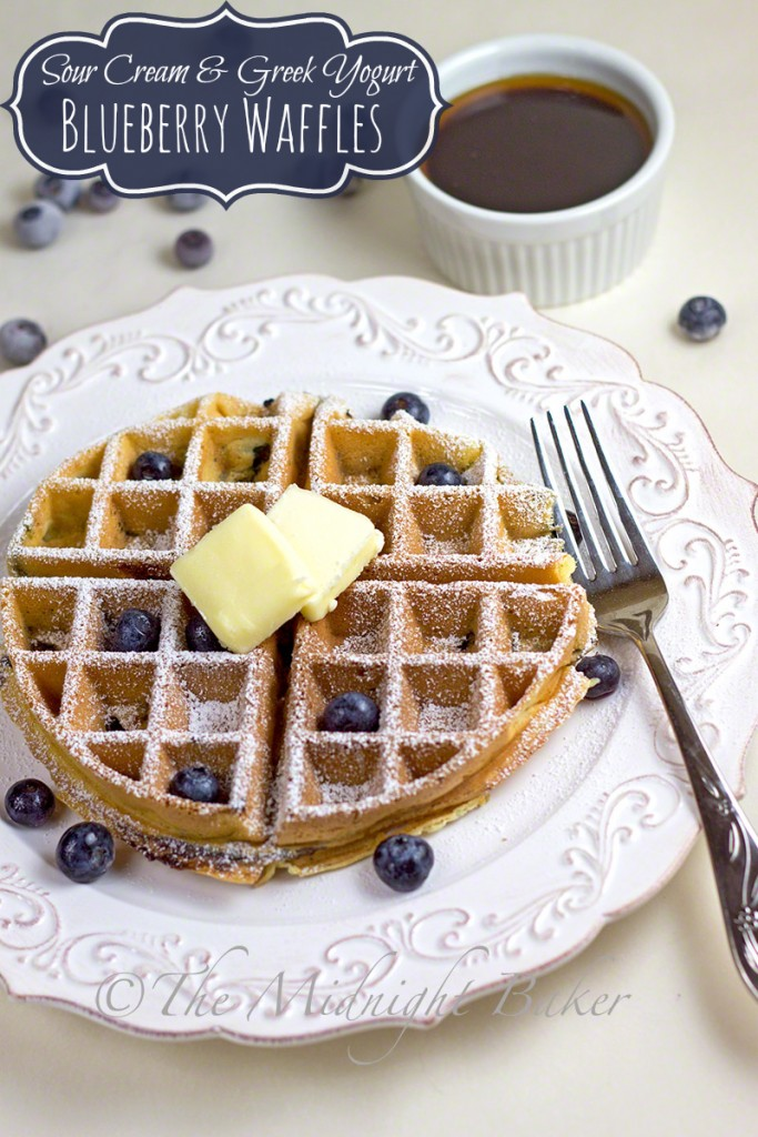 Sour Cream & Greek Yogurt Blueberry Waffles | bakeatmidnite.com | #waffles #blueberrywaffles #greekyogurt #breakfast