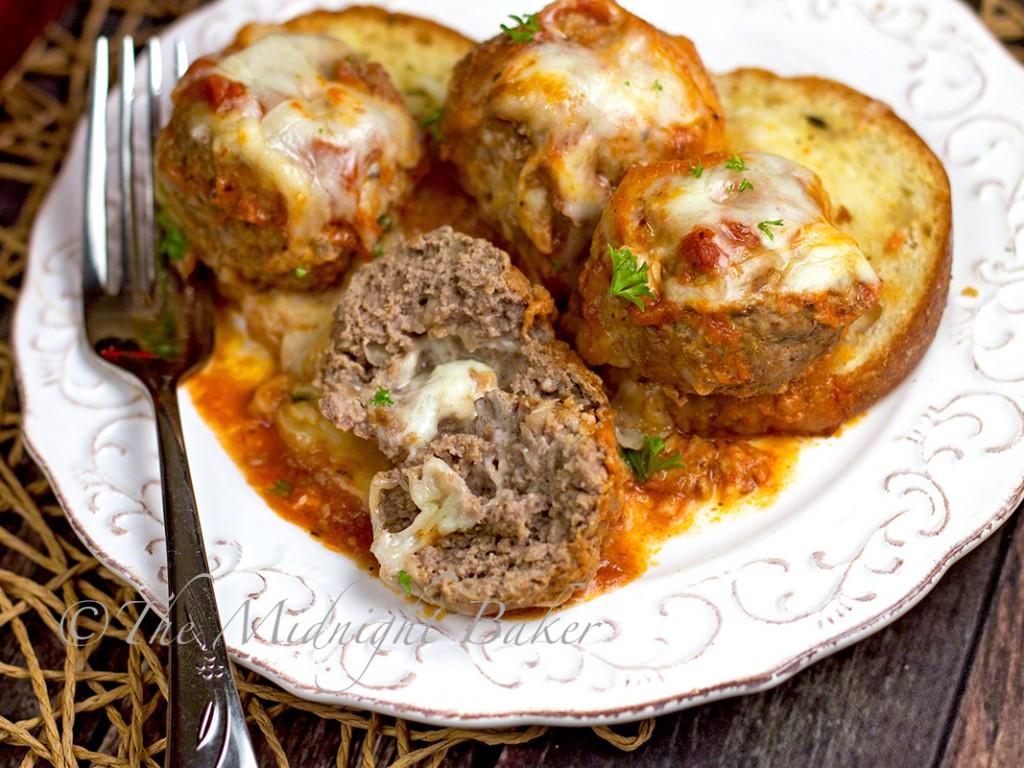 Fresh Asiago Meatball Sub Casserole | bakeatmidnite | #AsiagoCheese #meatballsub #italiancasseroles