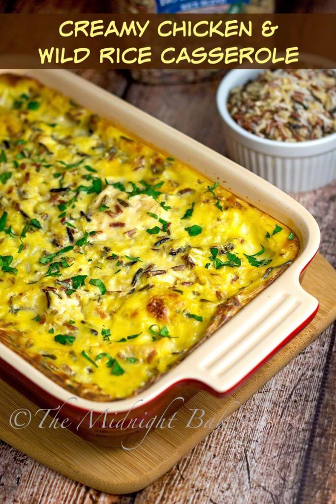 Easy Creamy Chicken & Wild Rice Casserole   bakeatmidnite.com   #chicken #casseroles #wildrice