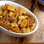 Cheese & Garlic Snack Mix