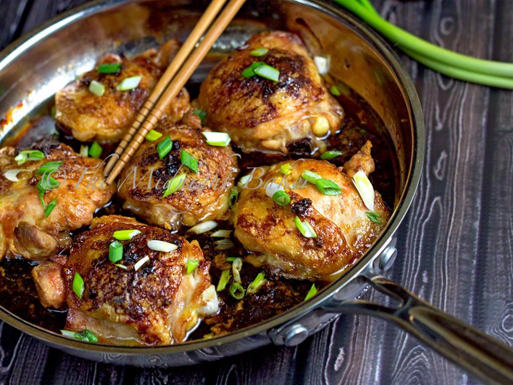 Asian Chicken Thighs | bakeatmidnite.com | #chicken #asian