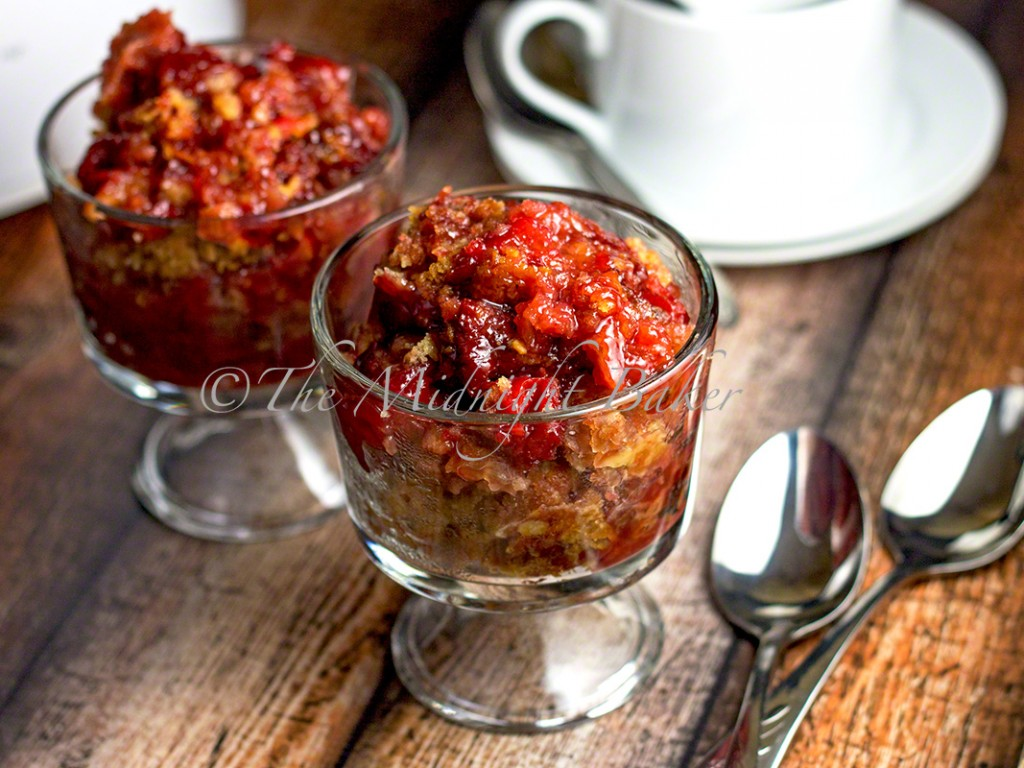 Slow Cooker Cherry Cobbler | bakeatmidnite.com | #desserts #fruitcobbler #slowcooker #crockpot