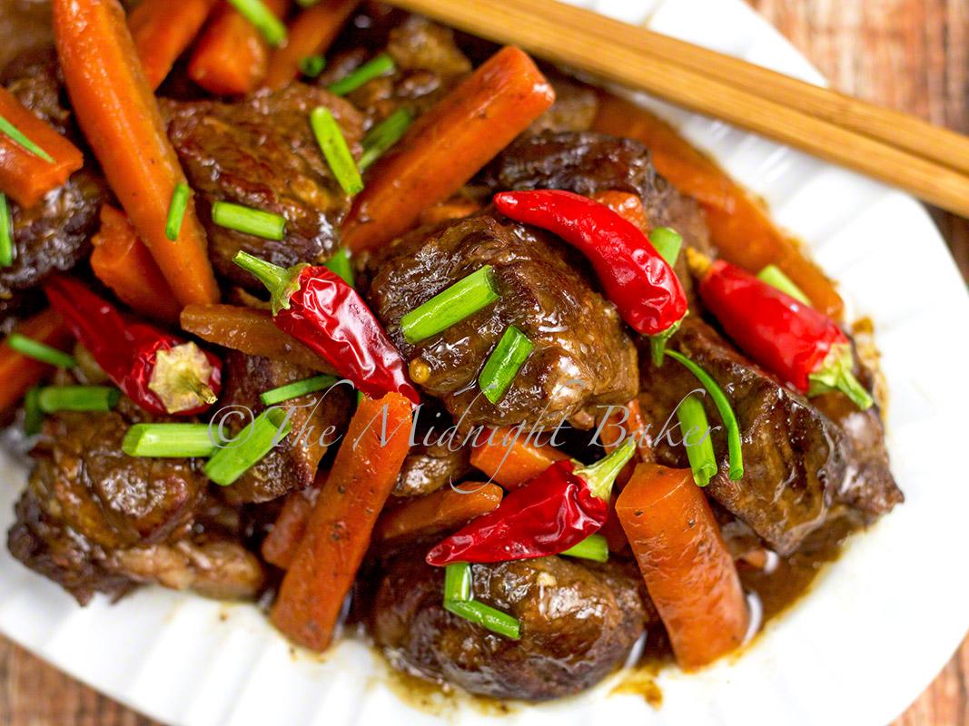 Slow Cooker Sichuan Beef & Carrots - The Midnight Baker