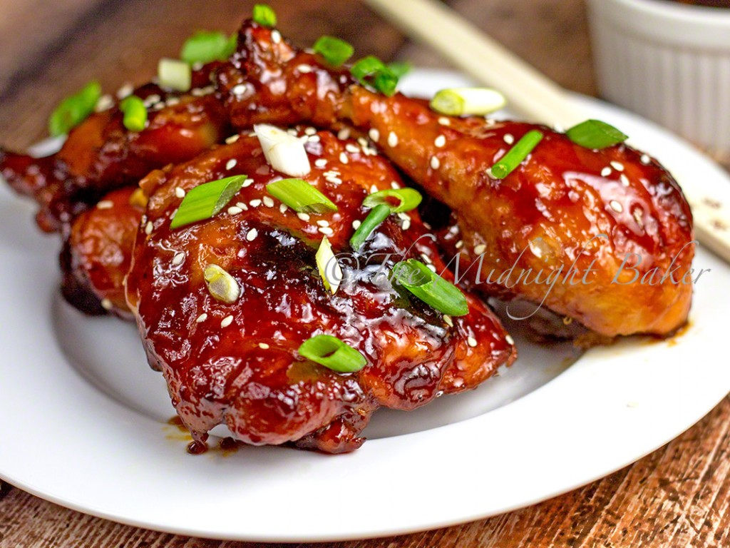 Sticky Chicken | bakeatmidnite.com | #chicken #sweetandsour