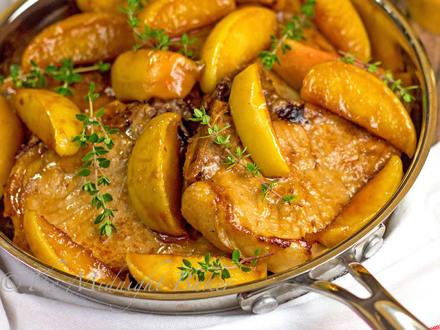 Apple Bourbon BBQ Pork Chops | bakeatmidnite.com | #slowcooker #crockpot #pork #apples #autumn