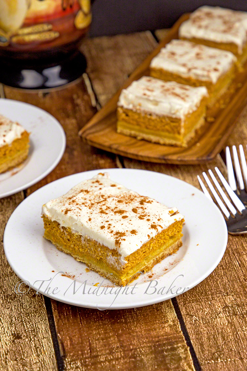 maple-pumpkin-cheesecake-bars-1-o