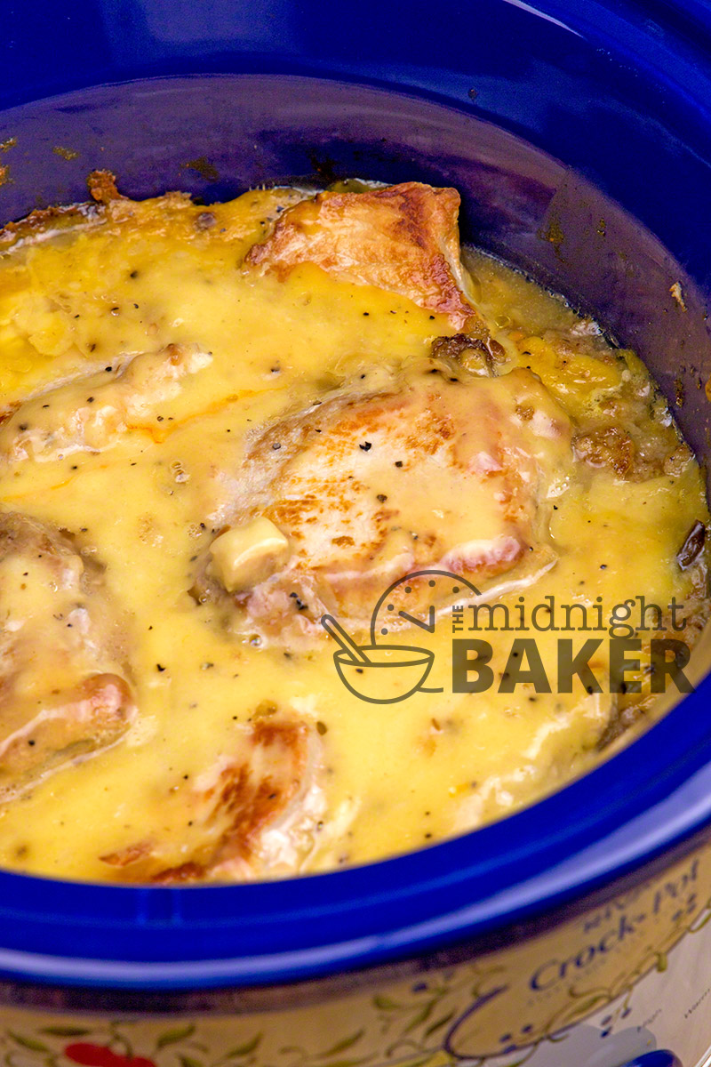 Pork Chops And Dressing With An Easy Creamy Gravy Is Pure Fort Food From Your Slow