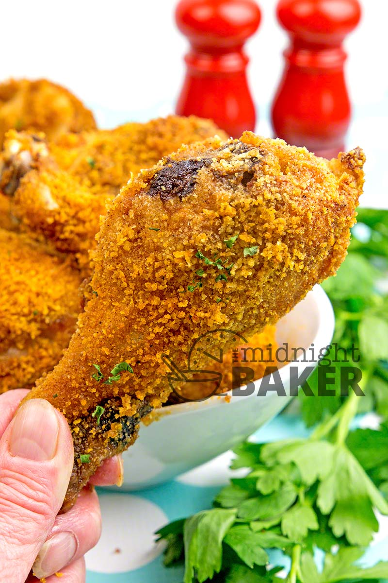 "Easy and yummy oven ""fried"" chicken recipe that's picnic perfect!"